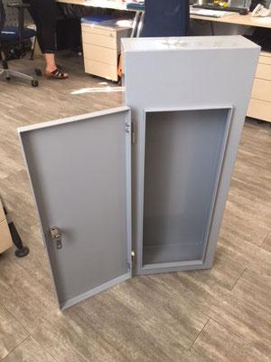 Postkasten mit verschließbarer Türe - Privat