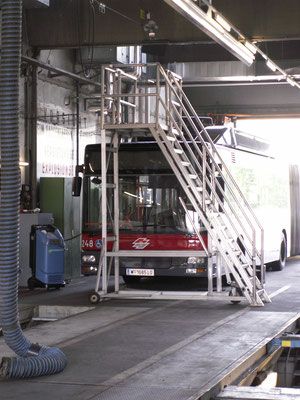 Escalator for bus maintenance at Wiener Linien