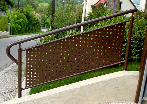 Visual protection railings