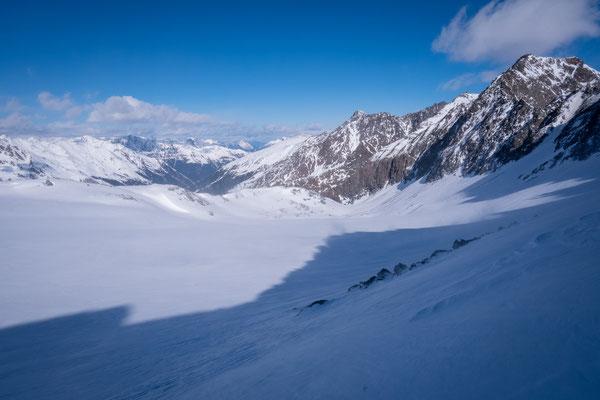 Diesen Gletscher queren wir um hinab nach Lüsens zu gelangen