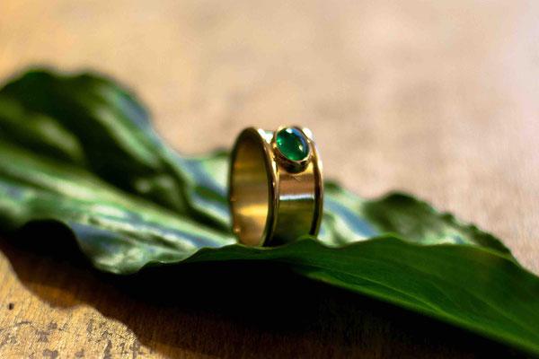 Gold 750/- | Smaragd