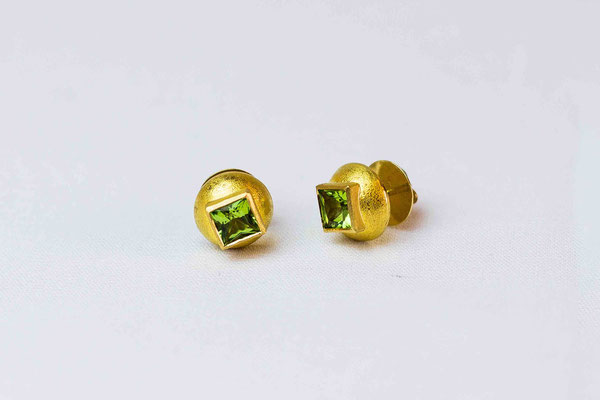 Gold 900/- | Peridotprincess