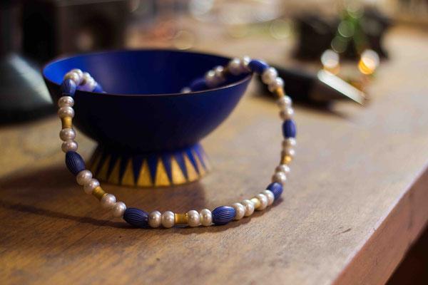 Gold 900/- | weiße Süßwasserperlen, Muranoglasperlen