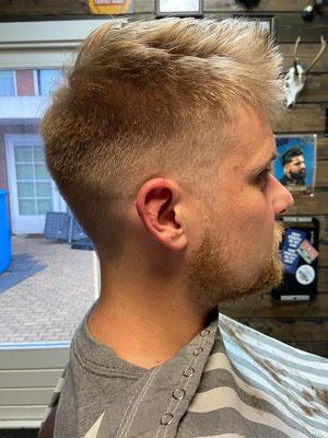 kort opgeschoren met baard trim