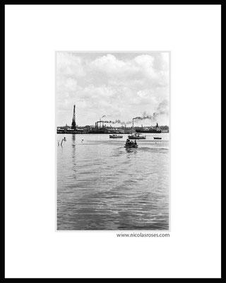 HABANA CUBA     > Photo 20x32cm N° 2/30 Passe partout blanc 40x50cm = 350€ (cadre + 40€) Nicolas Rosès Photographe