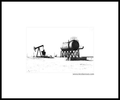 STATION CUBA     > Photo 23x34cm     Passe partout blanc 50x60cm = 450€ (cadre + 50€) Nicolas Rosès Photographe