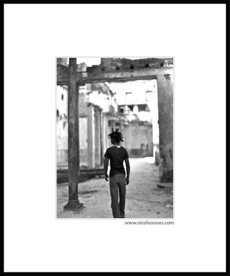 DREADS CUBA     > Photo 26x35cm     Passe partout blanc 50x60cm = 450€ (cadre + 50€) Nicolas Rosès Photographe