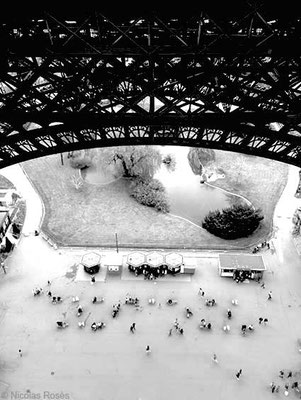 FIVE DAYS IN PARIS 9 Nicolas Rosès Photographe