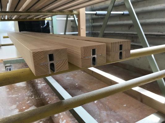 Konstruktionen aus Eschenholz massiv