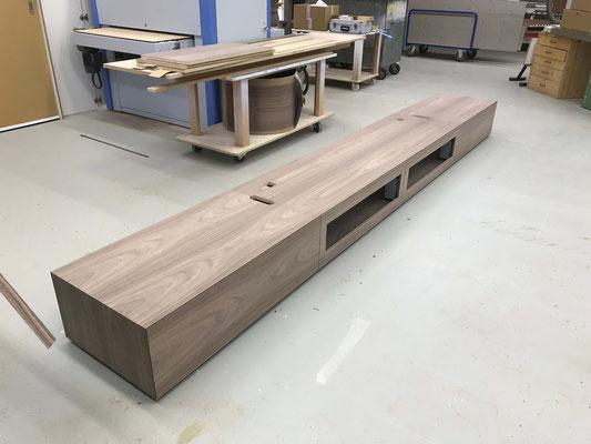 Herstellung Lowboard aus MDF mit Nussbaumfurnier