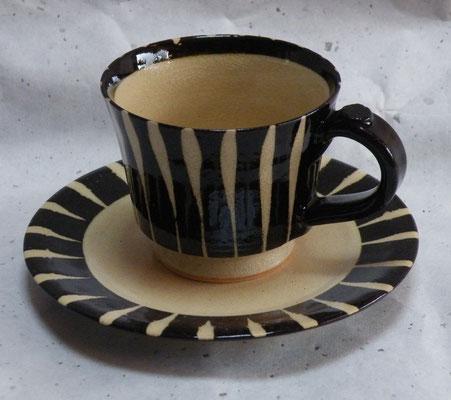 黒十草コーヒーカップソーサー
