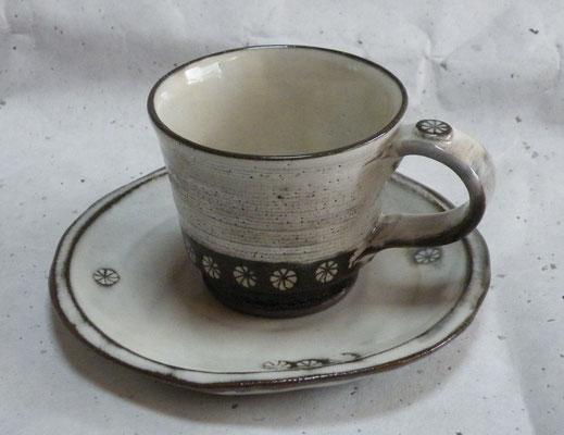 三島コーヒーカップソーサー