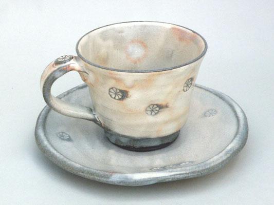 粉引コーヒーカップソーサー