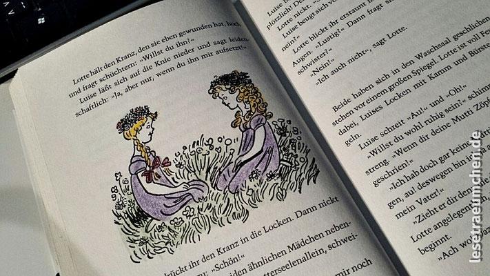 """Eine liebevoll ausgemalte Illu in """"Das doppelte Lottchen"""" von Erich Kästner. Große Liebe. Obwohl das Buch es wirklich in sich hat. Was man erst als Erwachsener versteht. Aber zu einem guten Kinderbuch kann man in jedem Alter eine Verbindung herstellen."""