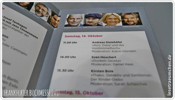 Samstag Vormittag: Interview und kurze Lesung am Stand der ZEIT, ...