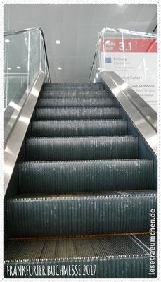 Noch ganz leere Rolltreppen - ein seltener Anblick!