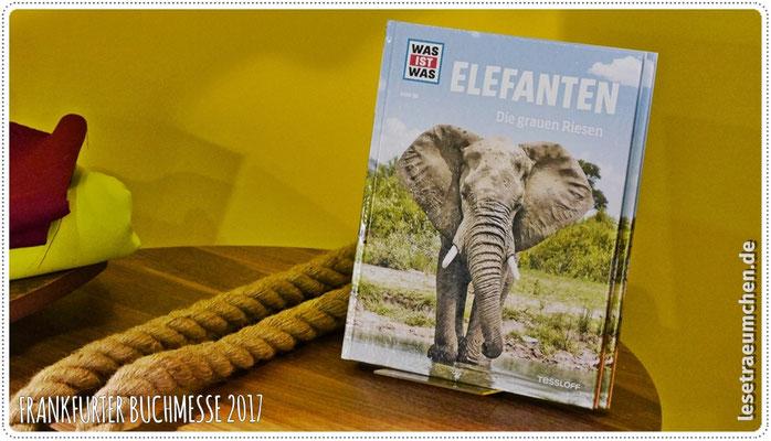 """... ihres neuen """"WAS IST WAS""""-Titels über Elefanten."""