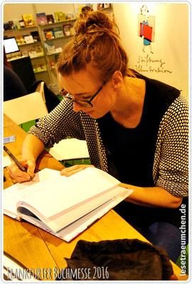 Die zauberhafte Illustratorin Lucie Göpfert ...