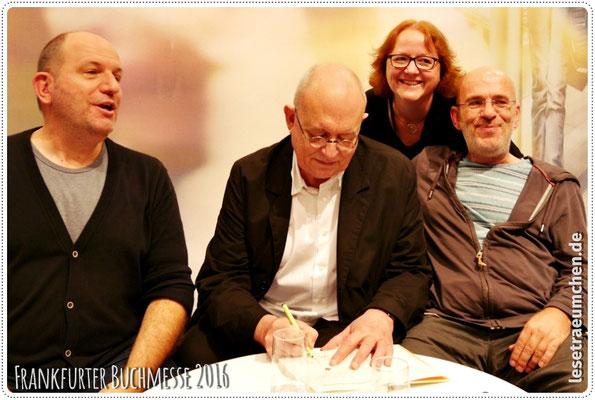 """Gruppenbild gemäß Loriots Motto """"Sei lebhaft!"""" :) Danke an Evelyn aus Tübingen fürs Foto!"""