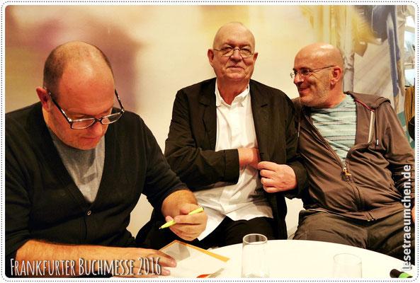 """Andreas, Peter Schössow (der die Jubiläumsausgabe von """"Dirk und ich"""" sowie die Rico-Bände illustriert hat) und Dirk."""