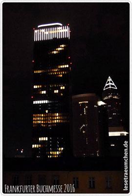 Zugabe: Den Messeturm vom Hotelzimmer zu sehen (mit etwas Verrenkungen) - top!