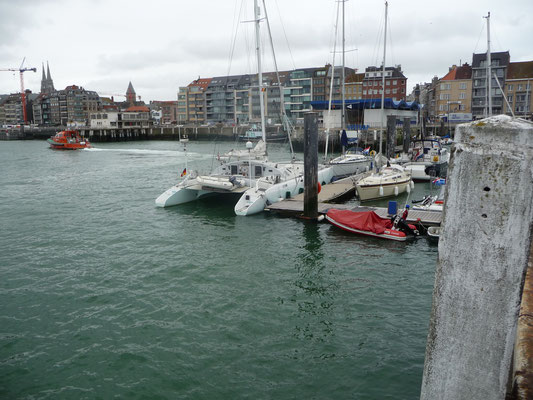 Am Steg des RNSYC Oostende