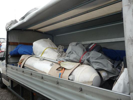 Segel, Dinghi usw sind verpackt