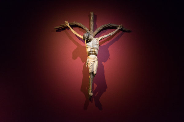 Jesus am Kreuz im LWL Landesmuseum für Kunst und Kultur