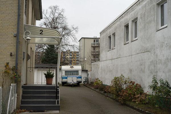 Braunschweig: Das Versprechen von Freiheit in der Einfahrt