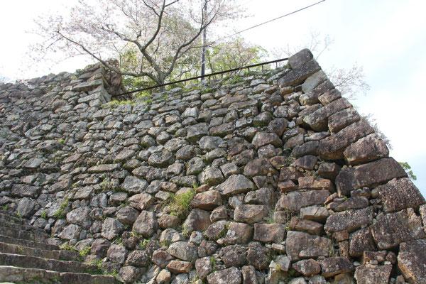本丸の大石垣