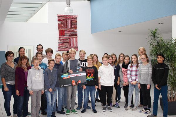 Der Gewinner der Action-Kamera mit seiner Klasse NMS St. Florian