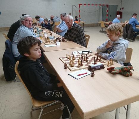 ... und vielen interessanten Schachpartien