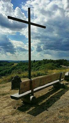 Gipfelkreuz - Schalkenmehrener Maar