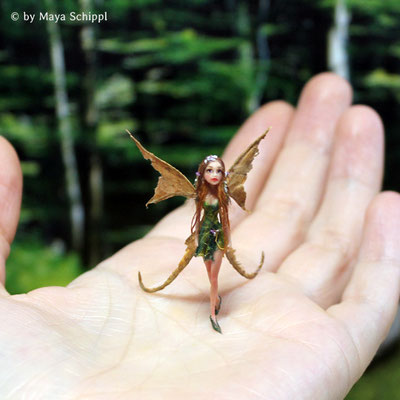 """FRIEDA""...A VERY TINY FLOWER FAIRY"
