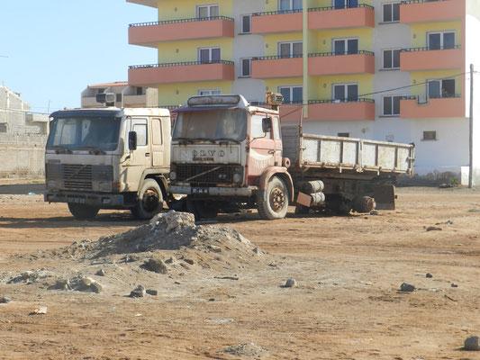 Truck wrecks