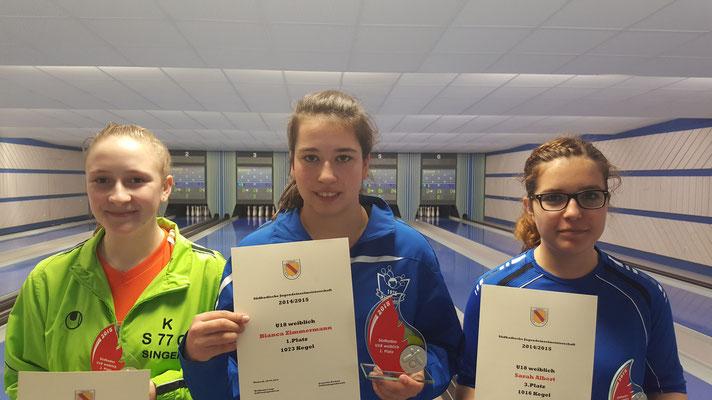 die Besten bei der U18 w von links Ann Katrin Walz Singen, Bianca Zimmermann Offenburg, Sarah Albert Hochschwarzwald