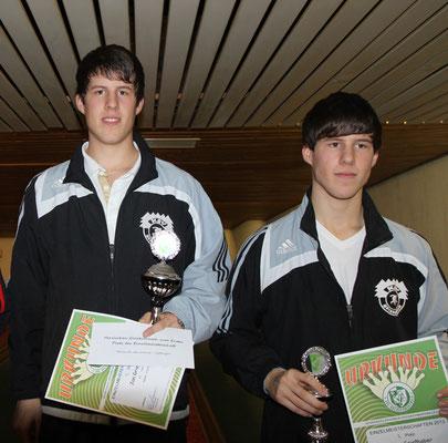 vom KSV Hölzlebruck Jan (links) und Marc Grießhaber (Silber und Bronze)