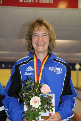 die überragende Bettina Helmle vom SKV Bonndorf konnte ihren Titel verteidigen