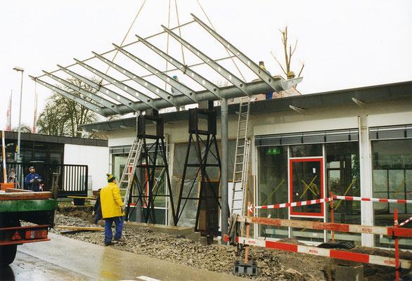 Stahlbau für Vordach