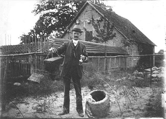 Ernst Schulz  mit Lüneburger Stülper