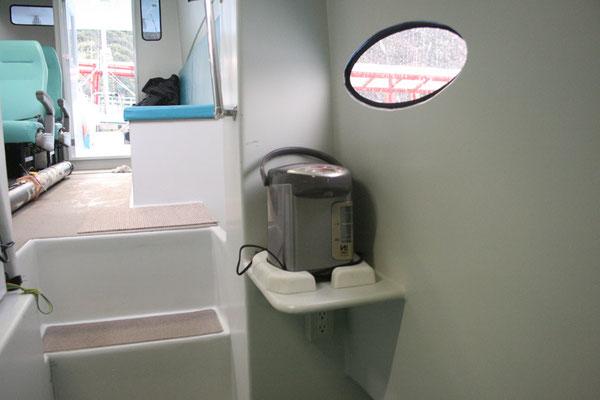 電気ポット(前部休憩室)