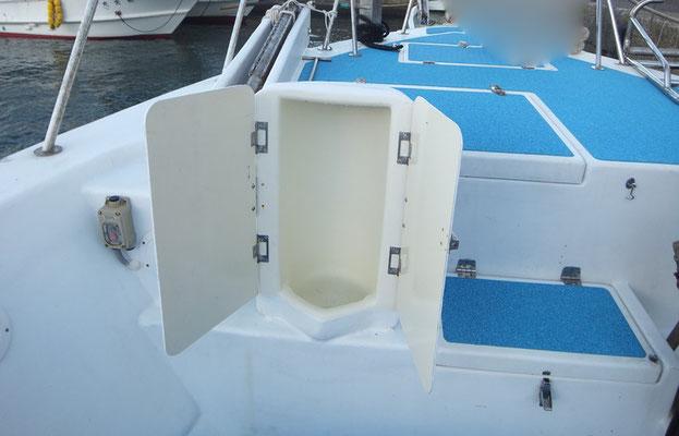 船首側にも男性用トイレ設置しました!