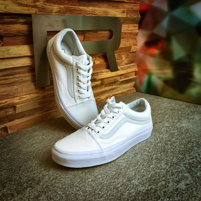 801 10 00 005 - Vans Old Skool - €74,90