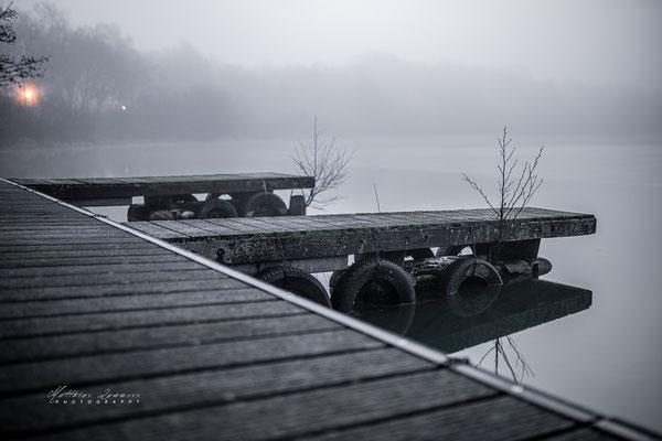 Bootsanleger im Nebel Haselünner See
