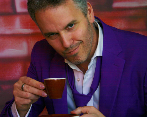 """2013 ging """"Dein Business Espresso"""" als Show im Internet-TV an den Start. Täglich eine Minute einen Tipp für Erfolg im Business."""