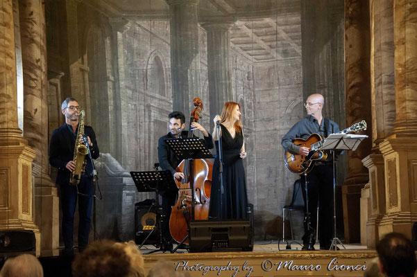 Igor Palmieri Valentina Mattarozzi Billie Holiday Teatro storico di villa Mazzacorati-Aldrovandi_4