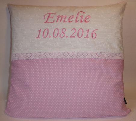 Romantik-Kissen, mit Name + Geburtsdatum, hier in 40x40 cm, Preis wie abgebildet 29,-