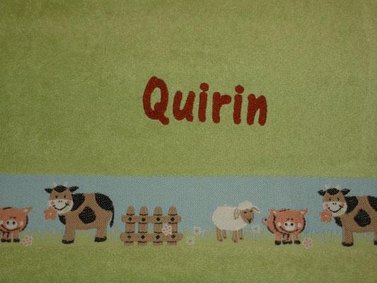 ... und mit Namen auf vorbedruckten Kinderhandtüchern, Schriftart AR Cena