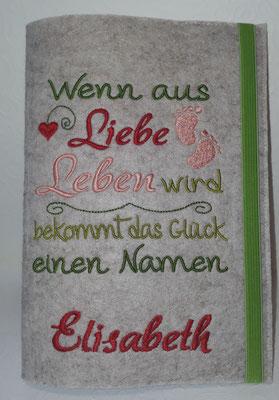 """Stickmotiv """"Wenn aus Liebe"""" in grün-lachs-rot auf Filz in kamelhaar, hier mit Name (Stickdatei-Rock-Queen)"""
