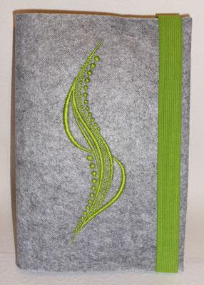 Stickmotiv Welle in apfelgrün mit Gummi in apfelgrün auf Filz in hellgrau-meliert